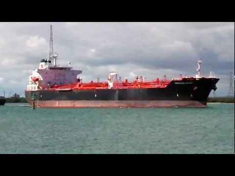 Embedded thumbnail for Port Adelaide Shipping _ (235) Tandara Spirit