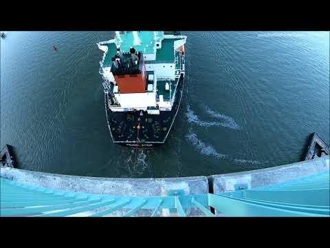 Embedded thumbnail for Pelican State Tanker Ship Ship Under the Benicia Bridge